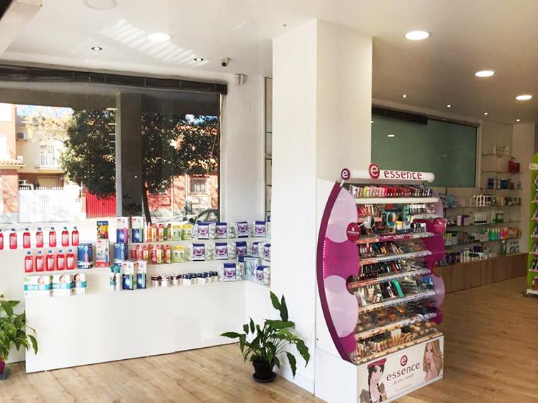 reforma_farmacia_castillo_ics_proyectos_granada